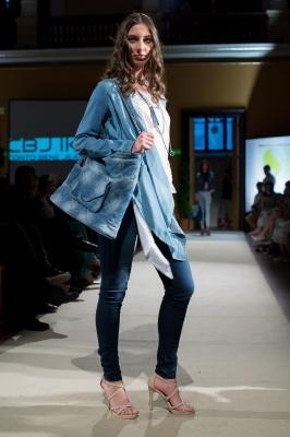 JESSIE Jacket & HELLA Jeans