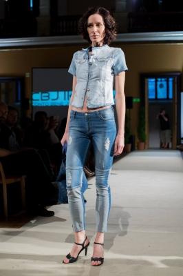 HELENIA Jeans & Jacket